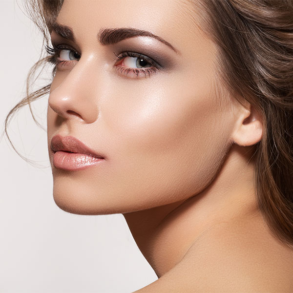 Microblading gives you natural strong-looking sculpted thick eyebrows