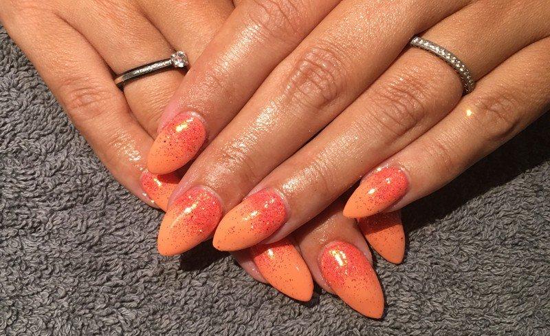 Ombre glitter nail art
